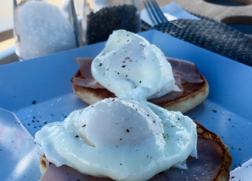 BlueFoot Travel Galley Cooking Poached Eggs