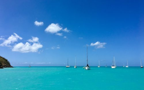 The turquoise waters you always get around Antigua & Barbuda